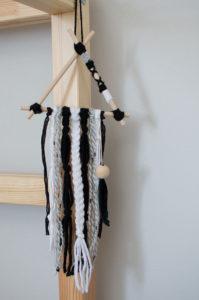 Déco en laine DIY plume pompon