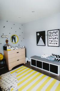 Sélection de déco moderne de chambre pour bébé plume pompon