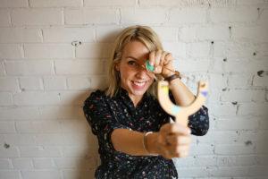 Marie-Pier St-Onge styliste Plume Pompon lance des pompons